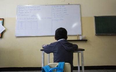 Después de seis días sin clases el retorno a la escuela fue sin agua y sin luz
