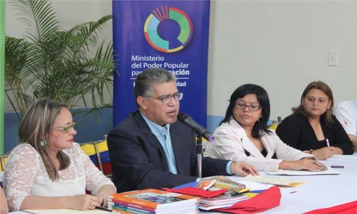 Jaua: Inicio del año escolar 2017-2018 contará con 14 áreas de formación