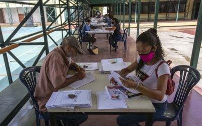 Incertidumbre en el país condiciona inscripciones en las escuelas