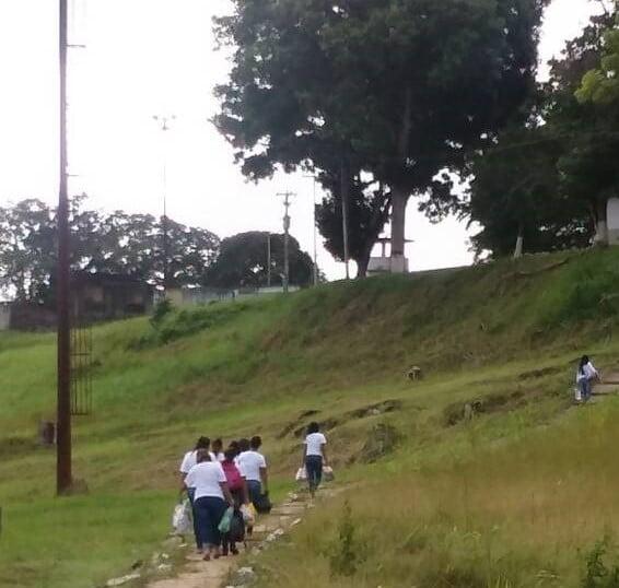 Paludismo y tristeza: la lucha que enfrentan 10 jóvenes de la UPEL recluidos en El Dorado.