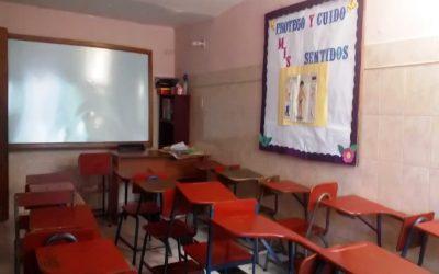 Padres venden sus electrodomésticos para costear inscripciones escolares